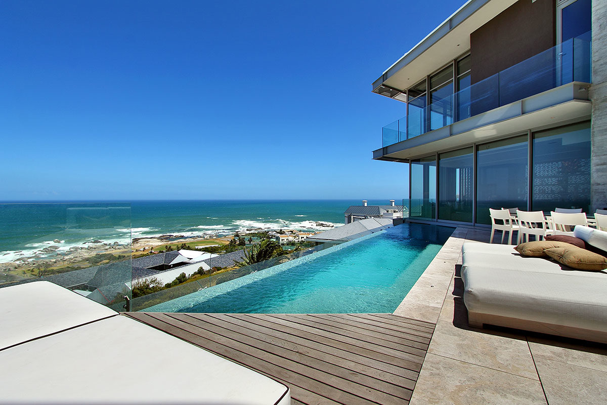 Swimming Pool with OceanView - Cape Town