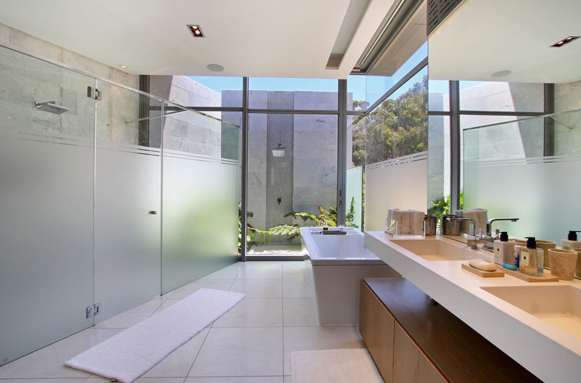 Villa Luxus Bathroom