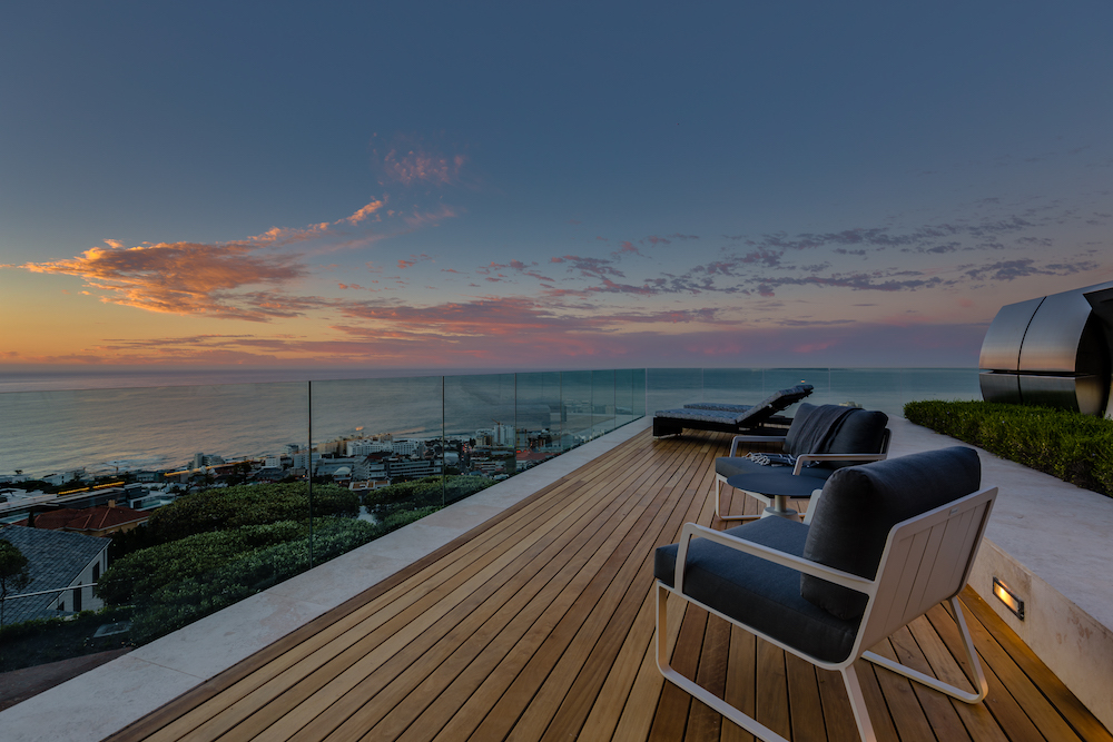 Moondance Villa in Fresnaye - Sunset