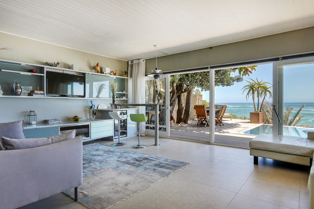 Clifton Beach House Private Rental