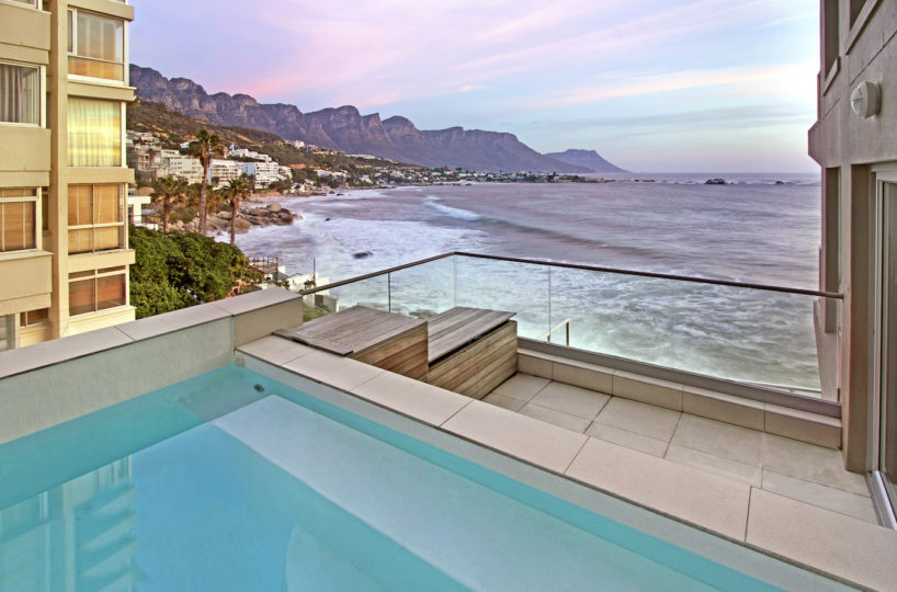 Secure Clifton Beach Apartment with Pool